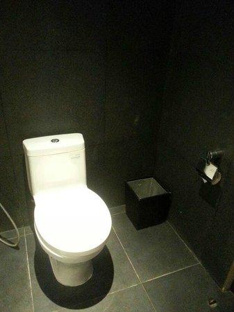 Fontana Hotel Bali: Hotel Room Bathroom