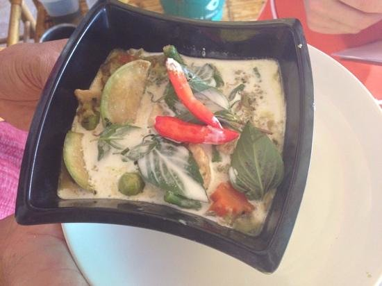 Kwan's Cookery : Green curry with chicken