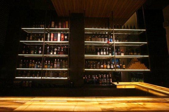 Sacha's Hotel Uno: Bar