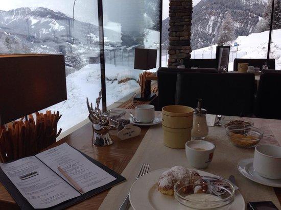 Mountain Spa Resort Hotel Albion: Colazione con vista su Ortisei
