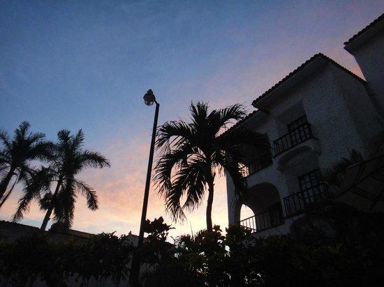 Marina Hotel & Resort: Atardecer