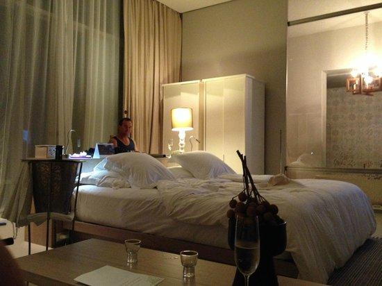 SALA Phuket Resort and Spa: Garden Pool Villa Room