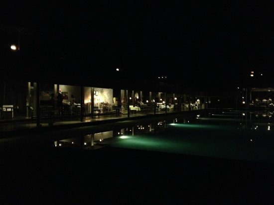 SALA Phuket Resort and Spa: Sala Pool by Night