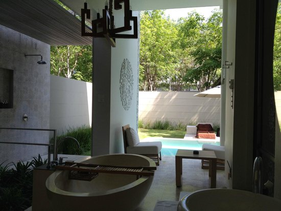 SALA Phuket Resort & Spa: Garden Pool Villa