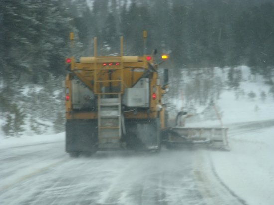 Black Hills National Forest: Kept most Roads Clear, hard to pass !