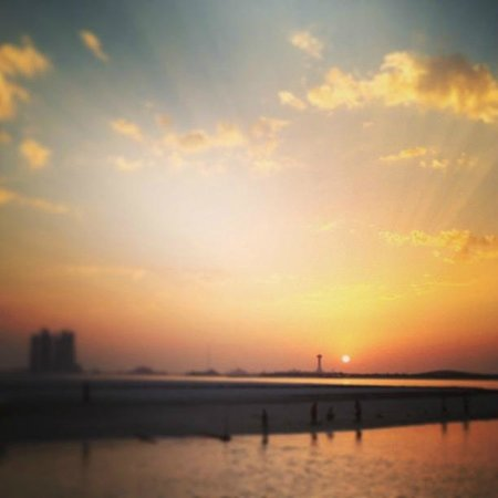 The Corniche: Sunset @ Corniche during my last days in AUH after 1 year