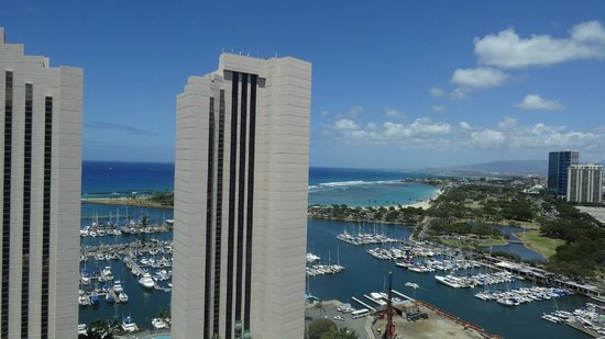 Marina Tower Waikiki: プリンスホテル&マジックアイランド
