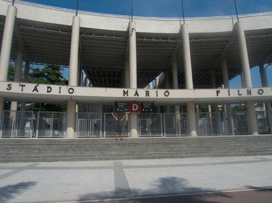 Maracana: Front facade