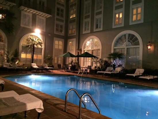Bourbon Orleans Hotel : This is really quiet and nice place to come down at the midnight.