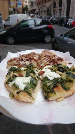 Pinsere: Sauteed spinach pizza