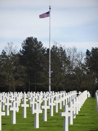Normandy Sightseeing Tours: US Cemetary