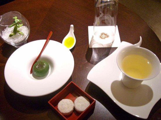 The St. Regis Osaka : welcome amenity