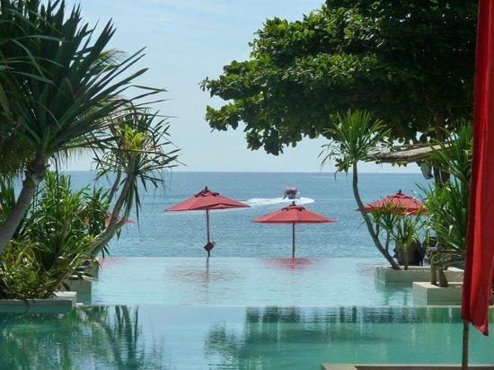 Anantara Rasananda Koh Phangan Villas: Blick über dem Pool