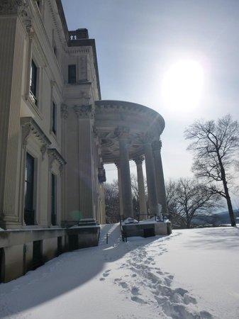 Vanderbilt Mansion National Historic Site: outside