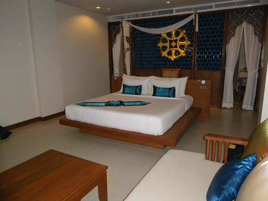 Rawai Palm Beach Resort : Lovely room