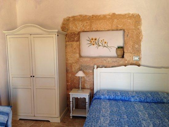 Antica Masseria Rottacapozza: Camere originali del 1500