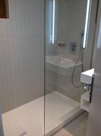 La Vague de Saint Paul : Salle de bains