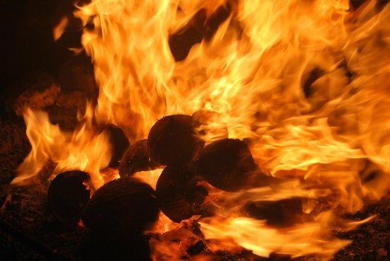 Hulhumale: МальДивный огонь