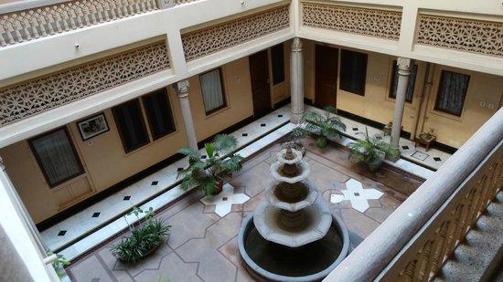 Arya Niwas : inside the hotel