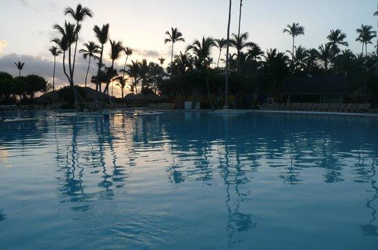 Iberostar Bavaro Suites : la piscine