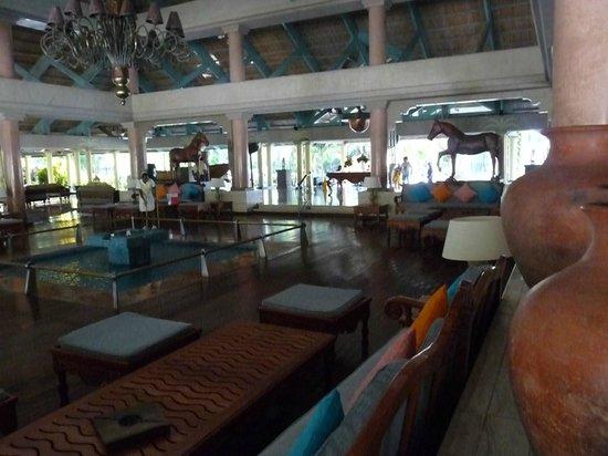 """Iberostar Bavaro Suites : Le"""" lobby"""""""