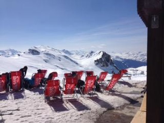 Residence Chalet des Neiges Arolles : Lunch on the slopes
