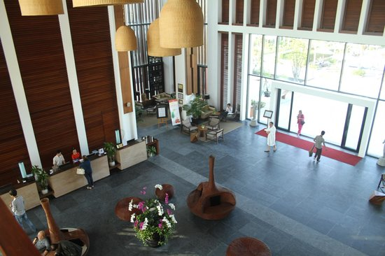 Sunrise Premium Resort Hoi An : view of lobby from 3rd floor