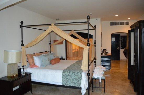 Secrets Maroma Beach Riviera Cancun: lit king size