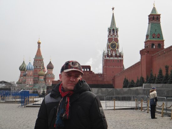 Kremlin Walls and Towers : view fron the Red square