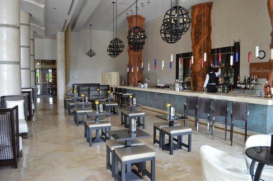 Secrets Maroma Beach Riviera Cancun: un des bars