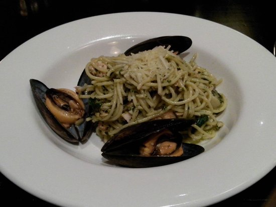 Fish At The Rocks: Spaghetti with seafood