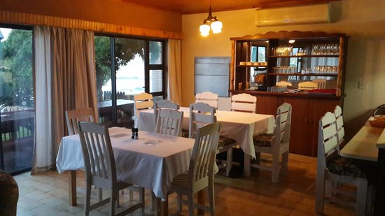 Jeffreys Bay Beach House: Breakfast Room
