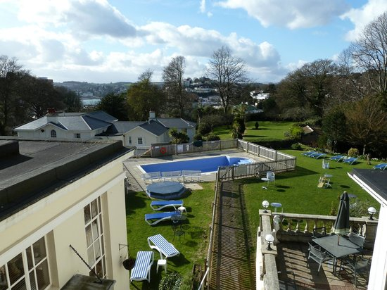 Lincombe Hall Hotel: View from bedroom towards the bay