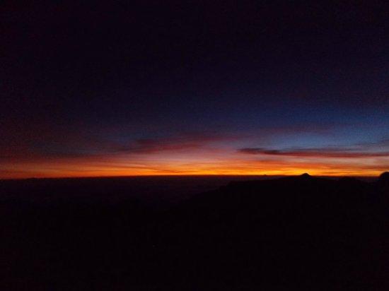 Mount Kinabalu: Surise