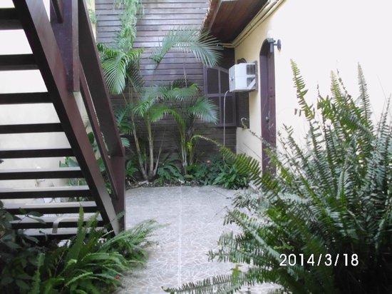 Barra da Lagoa Hotel : escalera a la pileta