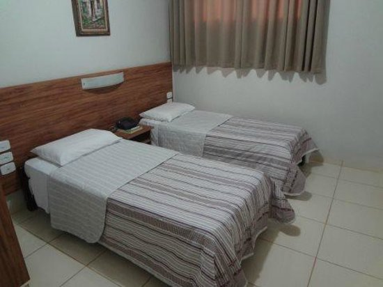 Hotel Antonialli: Apartamentos Duplo