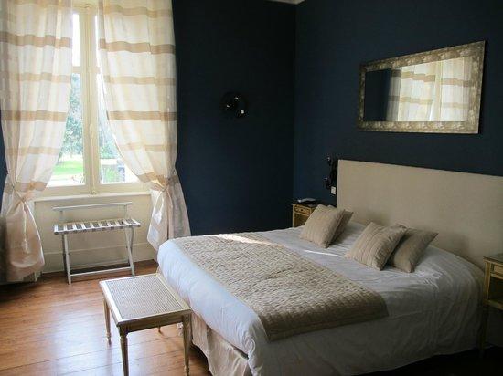 Manoir de la Roseraie : Beautiful double room within the Manoir itself