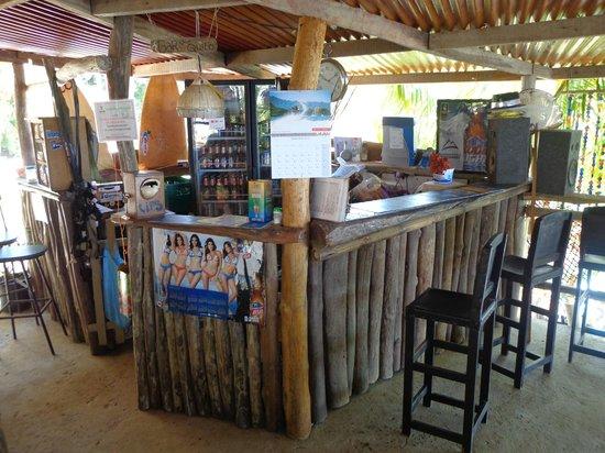 Mama Ines Hotel: Bar