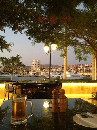 Suzana Restaurant & Bar: marina view