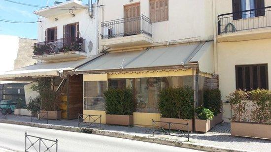 Skoufos & Oinos: Outside of restaurant