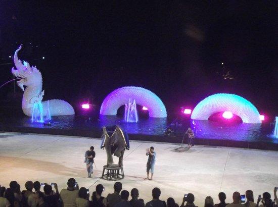 Siam Niramit Phuket: Elephant Show before the show