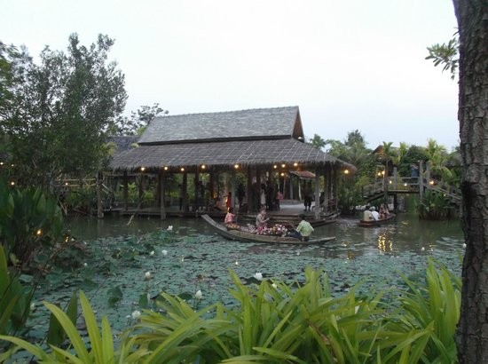 Siam Niramit Phuket: Little Thai Village inside