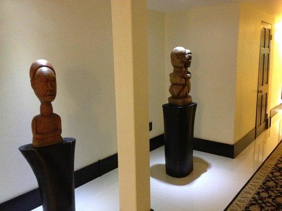 Terra Nova All Suite Hotel: Couloir