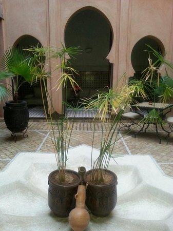 Angsana Riads Collection Morocco -  Riad Tiwaline: Cortile del riad