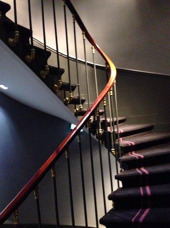 La Maison Favart : Stairs