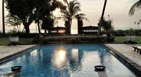 Patra Jasa Bali Resort & Villas: Pool 1