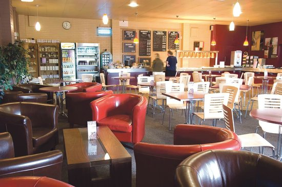 Caithness Crystal Visitor Centre: Coffee Shop/Restaurant