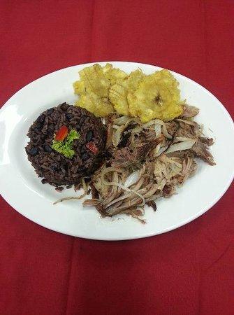 Del Campo Latin Food & Cafe