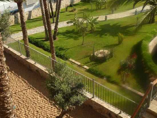 GF Gran Costa Adeje: Looking down from our room