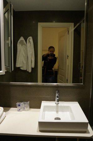 Hostal Goya: Ванная комната